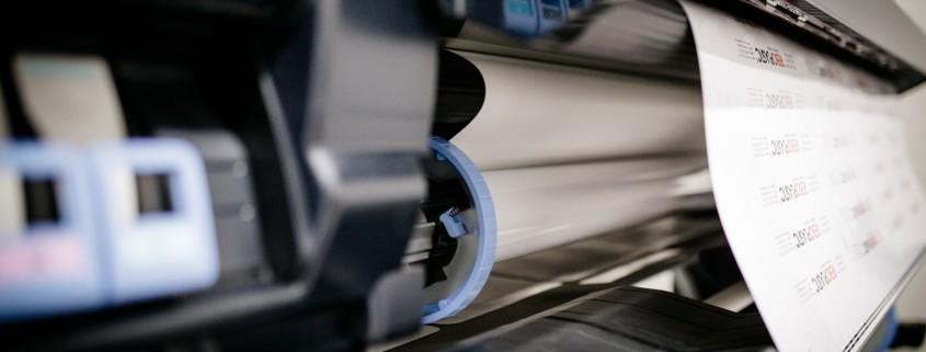 Andres Druck Werbung Maschinenpark- Aufkleberdruck